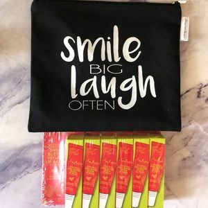 6 pack Shea Moisture Vegan lip balm+makeup bag